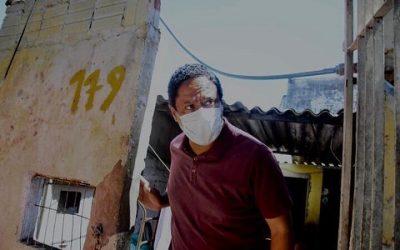 Orlando Silva visita comunidade do Rapadura e apresenta propostas para moradia em SP