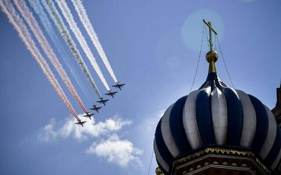 """""""O povo soviético salvou o mundo do fascismo"""", disse Putin"""