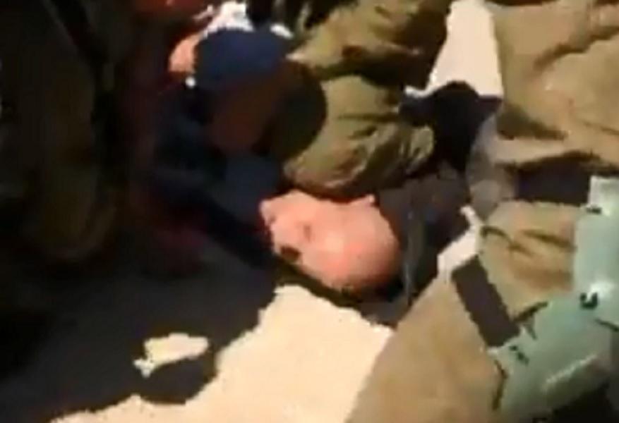 Soldados agridem ativistas por levarem água a aldeias palestinas